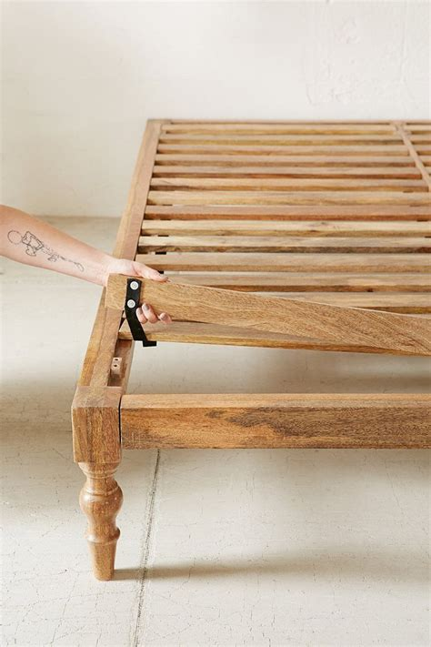 bohemian platform bed   diy platform bed diy bed