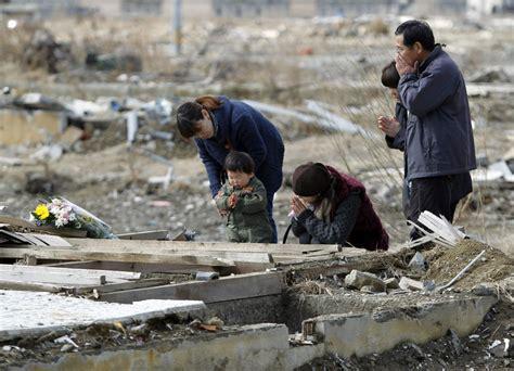 japan marks  year  quake tsunami  killed  toronto star