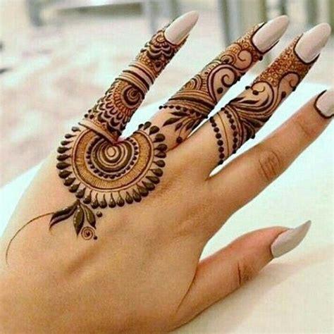 Best 25+ Henna Tattoos Ideas On Pinterest  Henna Hand
