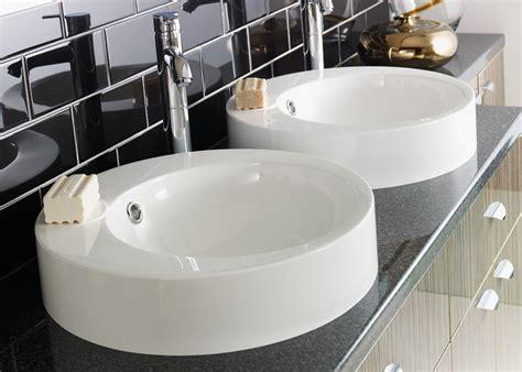 salle de bain ronde vasque ronde consobrico