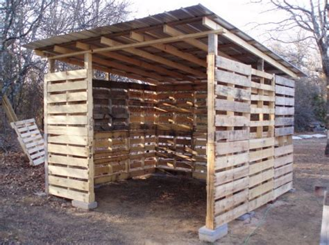diy pallet shed