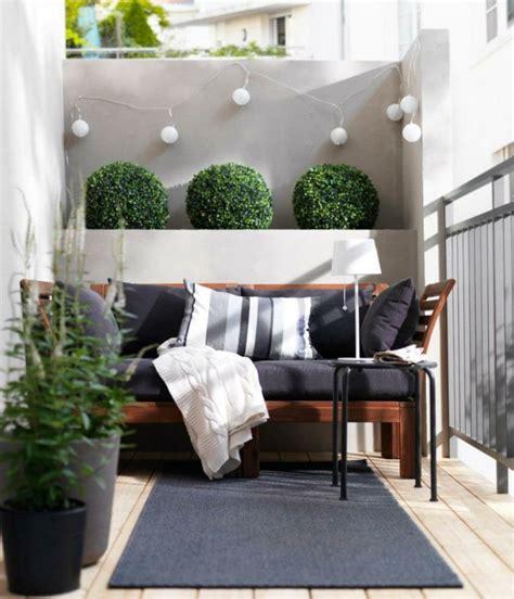canapé de balcon comment aménager balcon lorsqu 39 il n 39 est pas très grand
