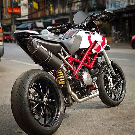 best exhaust for ducati 796 best 25 ducati 796 ideas on moto ducati