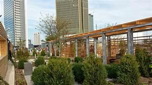 Skyline Plaza Alex : skyline garden frankfurt schwimmbad und saunen ~ Markanthonyermac.com Haus und Dekorationen