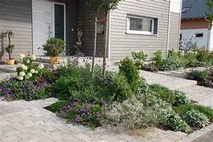 Vorgarten Mit Kies : moderner vorgarten mit kies ~ Udekor.club Haus und Dekorationen