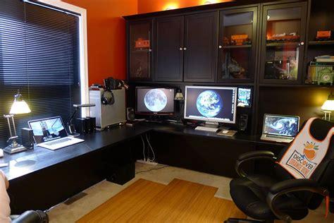 bureau imac mac setups the desk of a contracts attorney