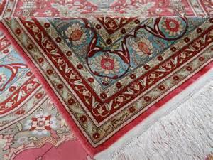 Tapis Iranien En Soie by Luxueux Mengal Orient Le Vrai Tapis D Orient