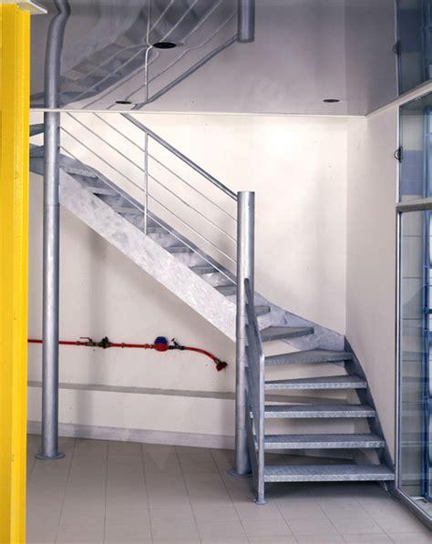 longueur escalier quart tournant obasinc
