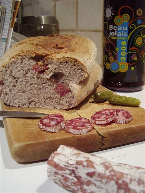recette pate a brioche pour saucisson brioche au beaujolais nouveau et au saucisson ma cuisine mes livres et moi