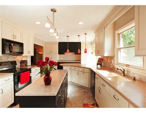 small galley kitchen design ideas the best galley kitchen designs for efficient small kitchen
