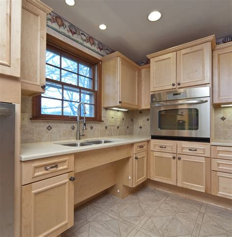 tile backsplashes for kitchens 68 best images about in suites on 6125