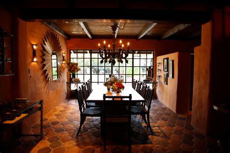 sonoma plaza winery tasting rooms