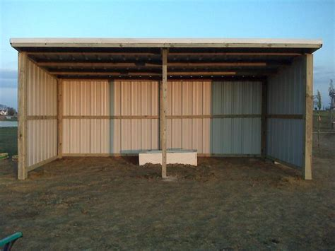 loafing shed loafing shed horse shed run  shed