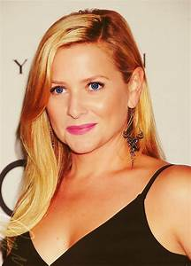 70 best Jessica Capshaw images on Pinterest | Jessica ...