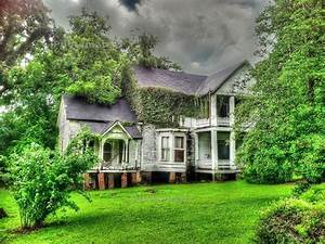 733 best images about Haunted Houses on Pinterest