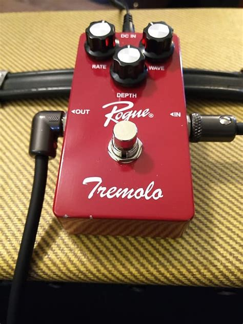 rogue guitar pedal tremolo effects reverb