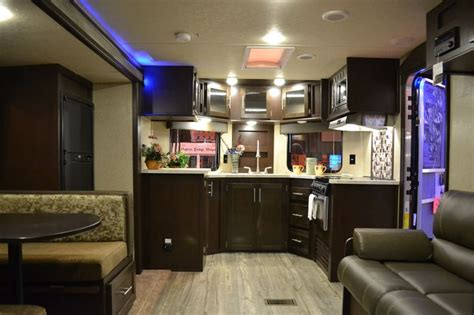 2017 Cherokee 234vfk  V Nose Travel Trailer With Front