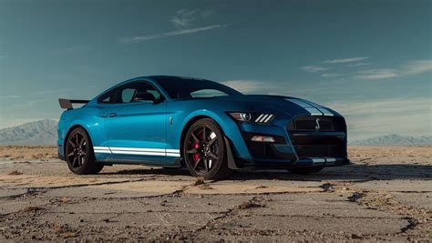 New Mustang 700 Hp by 2020 Ford Mustang Shelby Gt500 Roars Into Detroit With 700