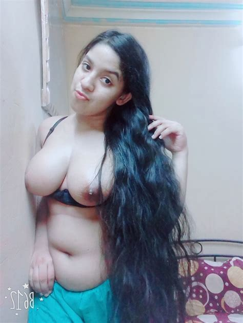 Super Hot Chubby Teen Indian College Girl Removing Salwar