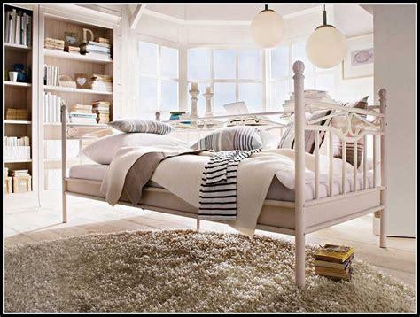 Ikea Bett Weiss Metall  Betten  House Und Dekor Galerie