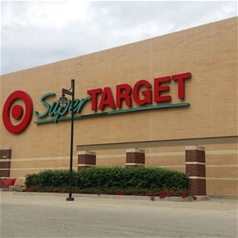 target phone number me target 19 photos 61 reviews department stores