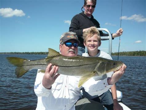 florida fishing fish bay key largo charters snook fl keys tripadvisor visitor