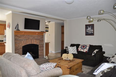 Cottage 154 For Rent On Skeleton Lake Near Rosseau In