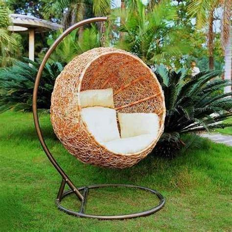hanging chair for garden 33 awesome outdoor hanging chairs digsdigs