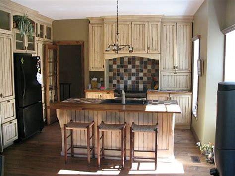 armoire de cuisine bois cuisine armoires and on