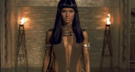 female actress in the mummy 2017 foto de patricia velasquez o retorno da m 250 mia foto