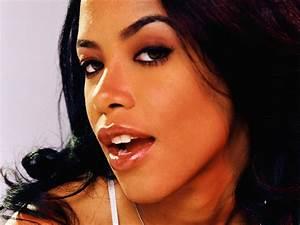 santabanta: Aaliyah