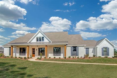 Country House : One Level Country House Plan-jw