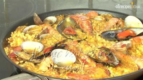 Paella recipe - How to make paella - Seafood paella - YouTube