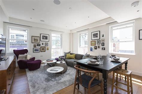'onefinestay' In Marylebone, London Making Christmas Ornaments Kids Video Game Party Images Clip Art Salt Dough Ornament Recipe Ideas For A Ugly Sweater Disney Frozen Chocolate Lab John Deere