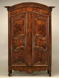 Armoire French Burl Walnut Style Of Louis XV For Sale