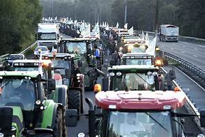 Encombrant Paris 13 : les agriculteurs en col re d filent paris image 13 sur 16 ~ Medecine-chirurgie-esthetiques.com Avis de Voitures