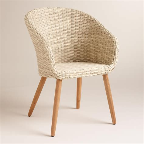casual comfortable  distinctly mid century  style  classic tub chairs feature natural