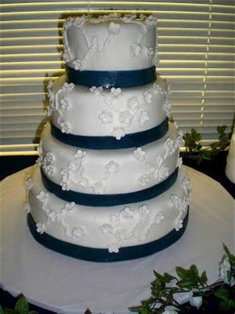icing  top  custom cakes