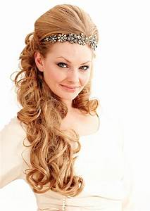 35 Beautiful Wedding Hairstyles For Long Hair CreativeFan