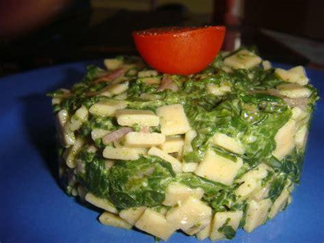 cuisiner epinard en boite crozets aux epinards du lundi la cuisine à sassenay