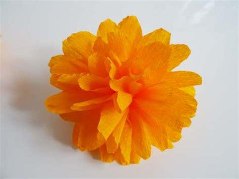 diy creer des fleurs en papier crepon princesse pia