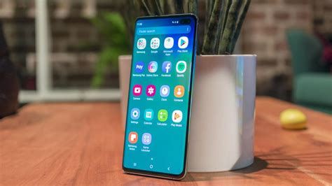 samsung galaxy s10 plus on review more cameras more ram more everything expert reviews