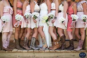 12 gorgeous photos that will totally make you want to wear for Wedding dresses with cowgirl boots