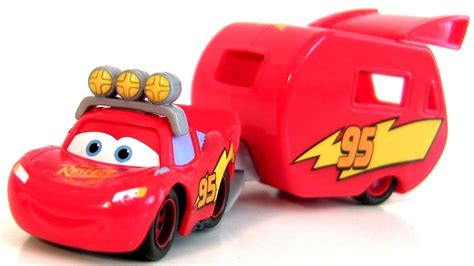 Disney Cars Motorized Lightning Mcqueen With Hauler