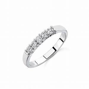 25 Carat Diamond Women Wedding Ring Band On 14k White