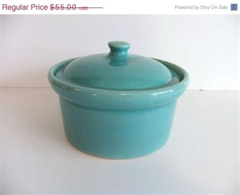 39 s pottery casserole vintage pottery weller covered dish yellowware casserole