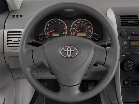 image  toyota corolla  door sedan auto natl