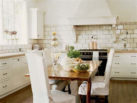 White Kitchen Decor Ideas White Subway Tile Kitchen Backsplash Ideas Kitchenidease