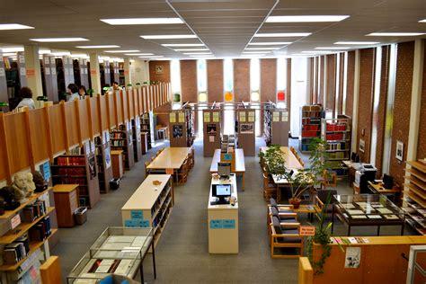 Gaylord Music Library - University Libraries Washington