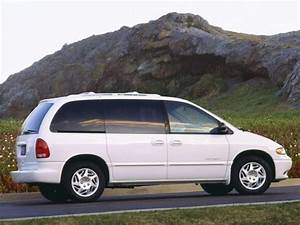 1997 Dodge Caravan - Information And Photos